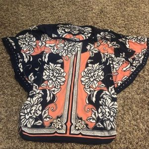 Flowy Sleeved Patterned M Collection Shirt